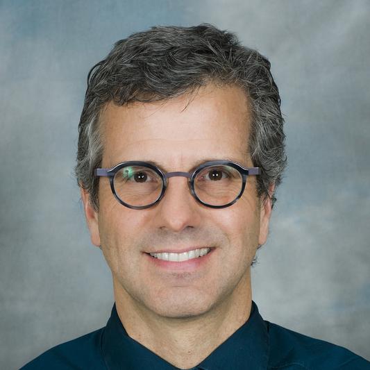 Dr. J Randall Curtis